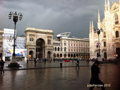 Piazza Duomo Milano 2012, april 24